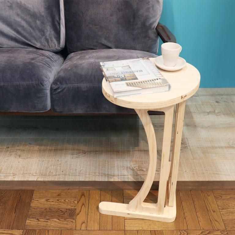 楕円サイドテーブル正方形アップ